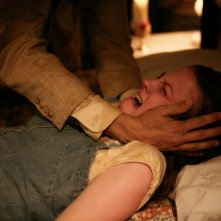 Un'immagine di Ashley Bell dall'horror The Last Exorcism