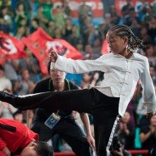 Un atletico Jaden Smith nella scena del torneo nel film Karate Kid