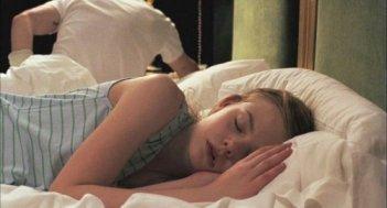 Un'immagine di Elle Fanning tratta dal film Somewhere
