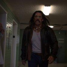 Danny Trejo, inferocito e vendicativo protagonista del film Machete