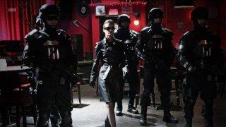 Jessica Tuck in una scena dell'episodio Everything Is Broken di True Blood