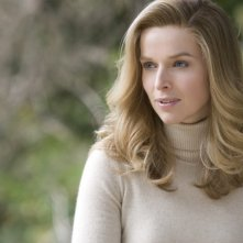 Thekla Reuten interpreta Mathile nel film The American