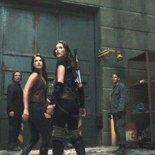 Boris Kodjoe, Ali Larter, Wentworth Miller e Milla Jovovich  in una scena del film Resident Evil: Afterlife