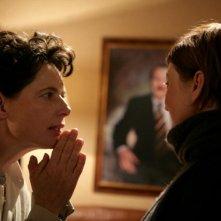 Isabella Rossellini e Alba Rohrwacher in una scena del film La solitudine dei numeri primi