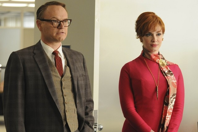 Jared Harris E Christina Hendricks Nell Episodio Christmas Comes But Once A Year Di Mad Men 172707