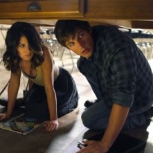 Matt Lanter e Shenae Grimes nell'episodio Senior Year, Baby di 90210