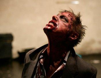 Uno zombie dell'horror tedesco Rammbock