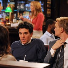 Josh Radnor e Neil Patrick Harris nell'episodio Big Days, premiere della stagione 6 di How I Met Your Mother