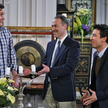 Josh Radnor, Jason Segel e Will Shortz nell'episodio Robots Vs. Wrestlers di How I Met Your Mother