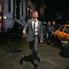 Neil Patrick Harris e Josh Radnor, sullo sfondo, nell'episodio Twin Beds di How I Met Your Mother
