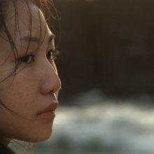 Yuki Iwasaki in una sequenza del film Tarda Estate