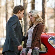 Amber (Spencer Locke) viene soggiogata da Stefan (Paul Wesley) nell'episodio Miss Mystic Falls di Vampire Diaries