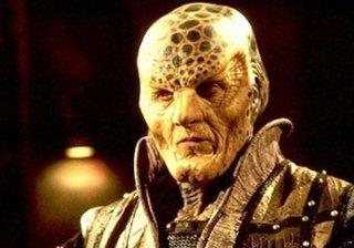 Andreas Katsulas nella serie tv Babylon 5