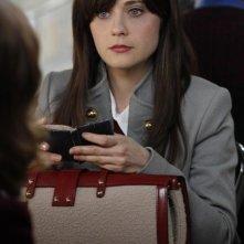 La guest star Zooey Deschanel nell'episodio The Goop on the Girl di Bones