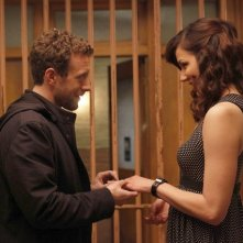 TJ Thyne e Michaela Conlin nell'episodio The Witch in the Wardrobe di Bones