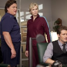 Dot Jones, Matthew Morrison e Jane Lynch nell'episodio Audition, premiere della stagione 2 di Glee