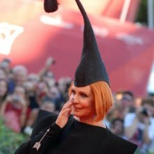 Venezia 2010: Marina Ripa di Meana con una delle immancabili mise bizzarre