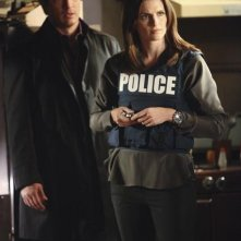 Nathan Fillion e Stana Katic nell'episodio A Deadly Affair di Castle