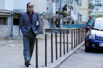 Toni Servillo in una scena del film Gorbaciof di Stefano Incerti