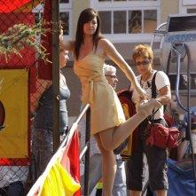 Erica Durance sul set dell'episodio Homecoming per la decima stagione di Smallville