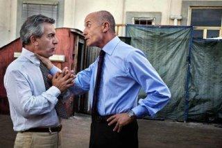Gianfelice Imparato e Peppe Servillo in una scena di Into Paradiso (2010)