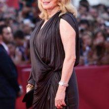 Venezia 2010: Catherine Deneuve è la protagonista di Potiche