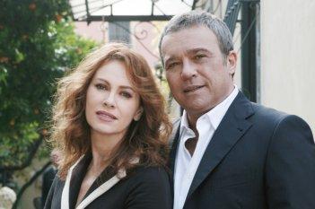 Claudio Amendola ed Elena Sofia Ricci ne I Cesaroni 4
