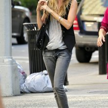 Gisele Bundchen passeggia per l'Upper West Side di New York City