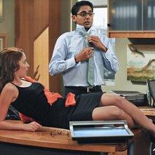 Taryn Southern ed Adhir Kalyan nell'episodio The Bank de Le regole dell'amore