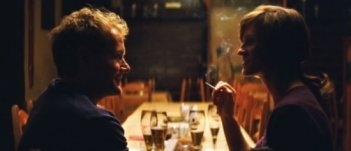 Una sequenza del film Drei di Tom Tykwer