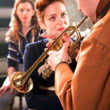 Audrey Dana e Laurent Couson in una sequenza del film Ces amours-là