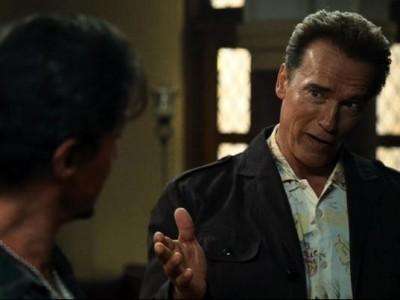 Sylvester Stallone E Arnold Schwarzenegger In Una Scena Di The Expendables 174779