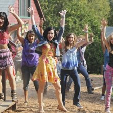 Demi Lovato, Jasmine RIchards, Alyson Stoner e Meaghan Martin in una scena di Camp Rock 2