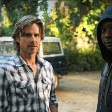 Sam Trammell e Nelsan Ellis nell'episodio Evil Is Going On di True Blood