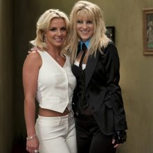 Heather Morris e Britney Spears sul set dell'episodio Britney/Brittany di Glee