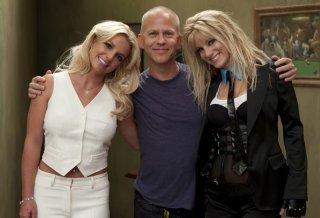 Ryan Murphy, Heather Morris e Britney Spears sul set dell'episodio Britney/Brittany di Glee