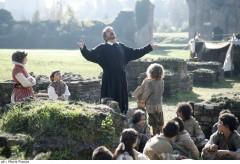 Gigi Proietti, santo in Rai con Preferisco il Paradiso