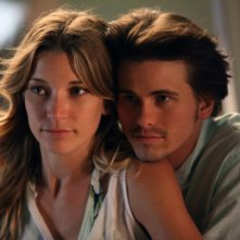 Jason Ritter e Sarah Roemer nel pilot di The Event
