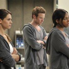 Lyndsy Fonseca, Ashton Holmes, Tiffany Hines in un momento dell'episodio Kill Jill di Nikita