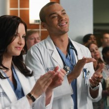 Chyler Leigh e Jesse Williams nell'episodio With You I'm Born Again di Grey's Anatomy