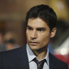 D.J. Cotrona nell'episodio Local Hero/Overboard di Detroit 1-8-7