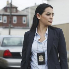 Natalie Martinez nell'episodio Local Hero/Overboard di Detroit 1-8-7