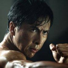 Primo piano di Donnie Yen dal film Legend of the Fist: The Return of Chen Zen