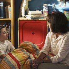 Atticus Shaffer e Patricia Heaton nell'episodio Back to School di The Middle