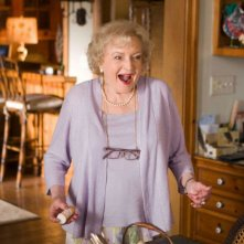 Betty White in un'immagine del film You Again