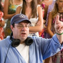 Il regista Andy Fickman sul set del film You Again