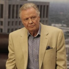 Jon Voight nell'episodio One in Every Family di Lone Star