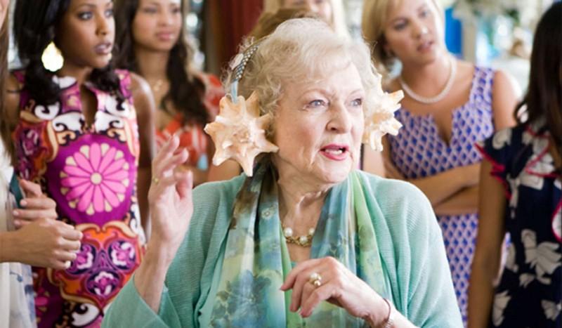 L Evergreen Betty White Nel Film You Again 176091