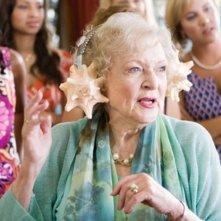 L'evergreen Betty White nel film You Again