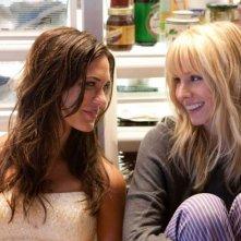 Odette Yustman e Kristen Bell, nemiche per la commedia You Again